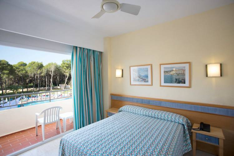 Standard double with pool view invisa hotel ereso es canar beach