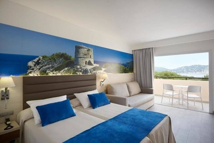 Superior premium with sea views invisa hotel club cala blanca es figueral beach