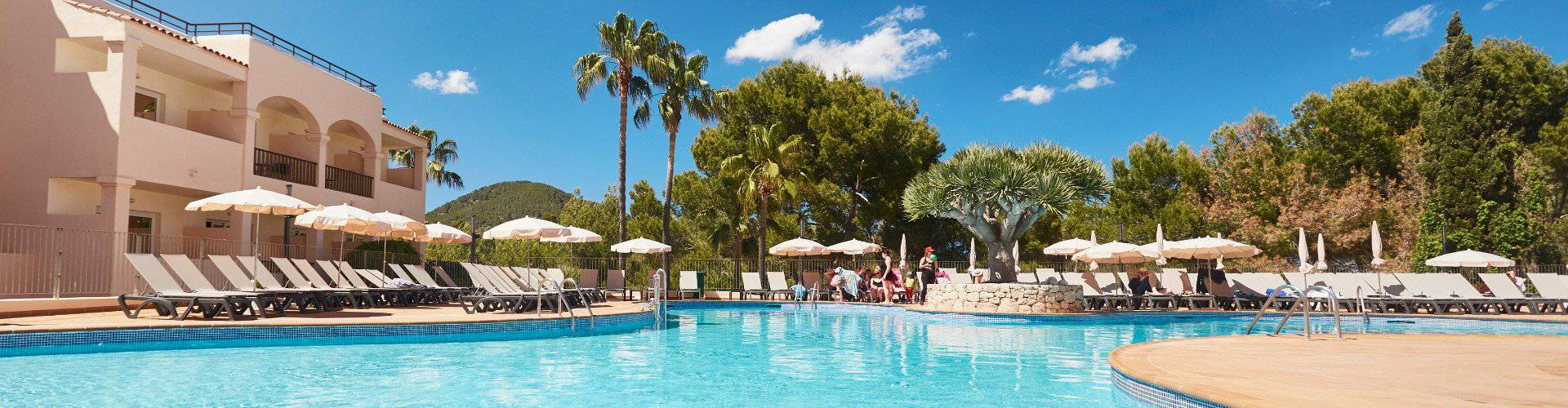 Offers invisa hotel club cala blanca es figueral beach