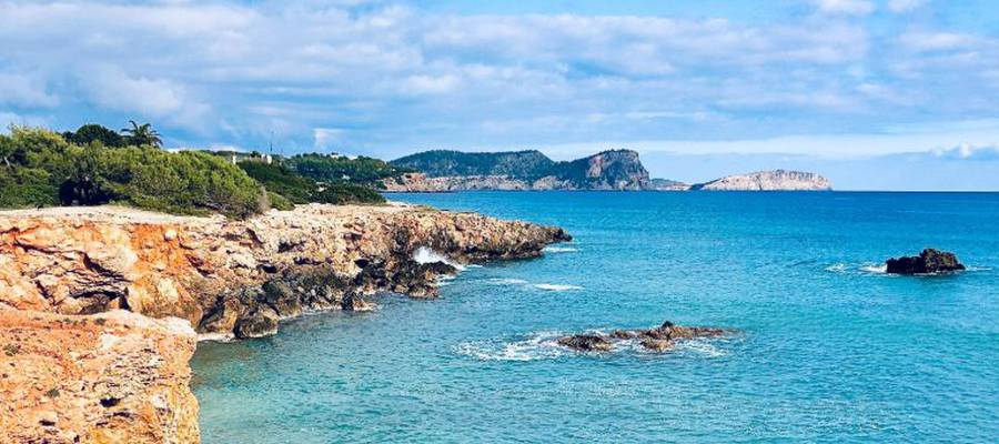 The best time to go to Ibiza Invisa Hotels