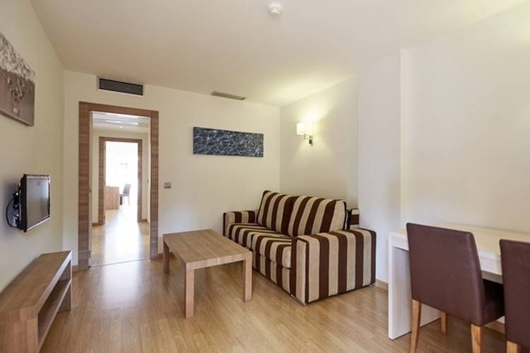Junior suite invisa hotel club cala blanca es figueral beach