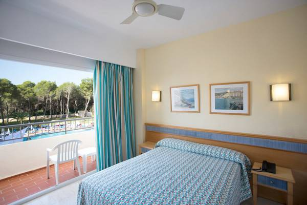 Standard Double with Pool View Invisa Hotel Ereso in Es Canar Beach
