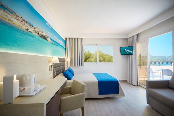 Superior Premium Invisa Hotel Club Cala Verde in Es Figueral Beach